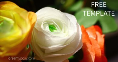 Easy tutorial to make a paper rose free template diy paper ranuculus flower free template and video tutorial mightylinksfo