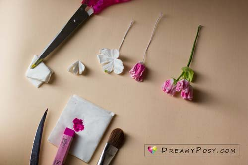 This paper cherry blossom tutorial is my effort to replica my dreamy flowers. I was fall in love right at the first time I saw these adorable Japanese cherry blossoms.