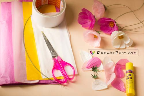 Paper Cosmos tutorial and free template, made from tissue paper, #paperflower #flowertutorial #flowertemplate
