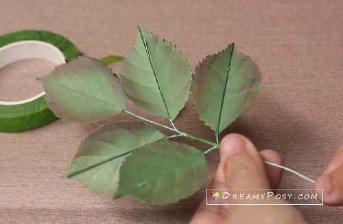 paper rose leaves tutorial