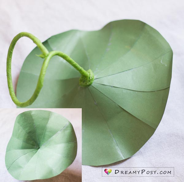 Lotus flower making with paper, free templates #paperflowers #flowertutorial #flowertemplate #freesvg