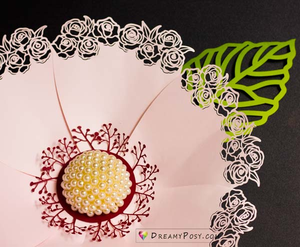 Giant paper flower, tutorial and template