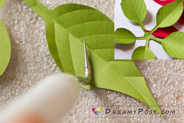 Paper poinsettia tutorial and template
